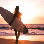 How To Pick The Right Surfboard For The Beginners At The Initial Stage Of Surfing?